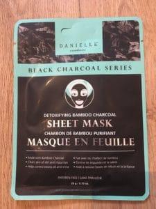 Masque en feuille – Charbon de bambou purifiant